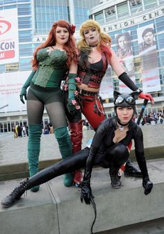Poison Ivy, Harley Quinn, and Batgirl Star Trek Cosplay, Dc Cosplay, Comic Con Cosplay, Cosplay Girls, Cosplay Costumes, Cosplay Ideas, Dc Comics, Catwoman Cosplay, Gotham Girls