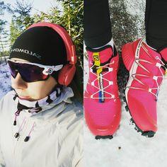 Winter running gear: check ✔ #readyfortheseason #salomon #speedcrosspro #oakleysunglasses #nopeetlasit #materiaalionnellisuus #running