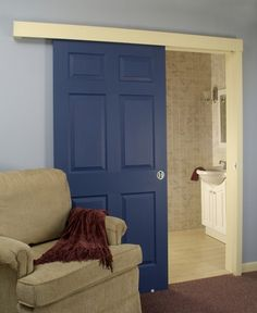 Porta Colorida De Azul · Sliding Bathroom DoorsInterior ...