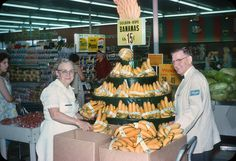 https://flic.kr/p/LFsJ8k | Kroger Grocery Store – 1963 | © Original 35mm Kodachrome Slide Transparency