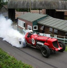 Napier Bentley burnout!    NICE!