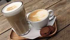 3 coffee recipes Latte Macchiato, Best Coffee, My Coffee, Coffee Drinks, Protein Shakes, Smoothie Makers, Cappuccino Coffee, Ganache, Good Smoothies