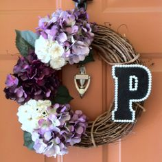 Easy DIY wreath. I like this minus the font of the letter. I have no idea what they were thinking there.