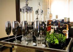 bandeja-bar-2 Cafe Bar, Bar Redondo, Knife Block, Bar Cart, Table Settings, Lounge, Architecture, Diy, Furniture