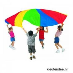 Toddler's party needs are different from parties for older children. Find the perfect birthday party games for toddlers to make sure your child's party is a success in THEIR EYES! Toddler Party Games, Games For Toddlers, Birthday Party Games, Birthday Ideas, Park Birthday, Kid Games, Birthday Fun, Chico Yoga, Parachute Games
