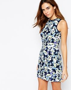 New Look Pansy Body-Conscious Dress