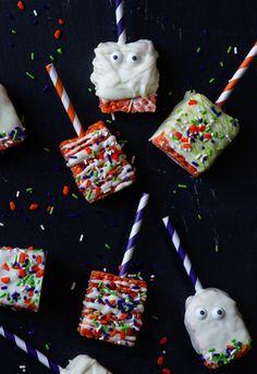 Halloween Marshmallow Treat Pops