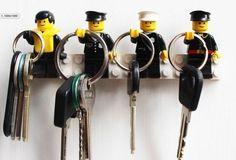 Een sleutelrekje van LEGO van Ane & Co. Eén van de meest populaire repins van het MoodKids Pinterest bord - week 40 2016