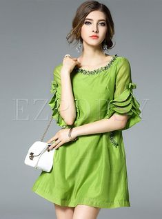 Flare Sleeve Pure Color Patch Shift Dress: Shop Flare Sleeve Pure Color Patch Shift Dress at EZPOPSY. Kurti Sleeves Design, Sleeves Designs For Dresses, Prom Dresses With Sleeves, Mini Dress With Sleeves, Half Sleeves, Shift Dresses, Evening Dresses, Mini Dresses, Couture Dresses