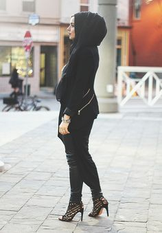 Black black black. #hijab
