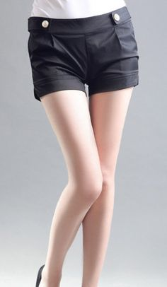 Shorts with gold buttons! ~AHAI shopping~