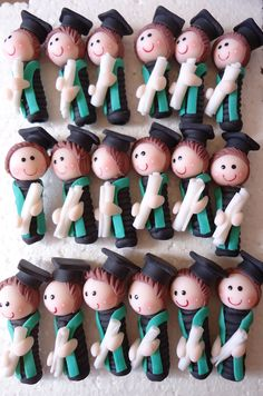 graduados en cerámica fría, punteras para lapices, realizado por Giovanna Marconi