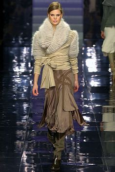 FALL 2004 READY-TO-WEAR Stella McCartney