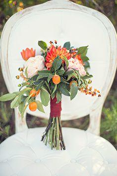 Rustic wedding bouquet. // Photo by: taliastudio.com