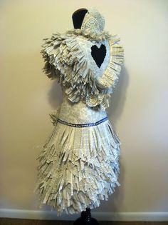 Robes papiers par Carrie Ann Schumacher - NetKulture