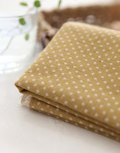 A Yard of Dots on Mustard Linen Blended WIDE 145cm, U7040