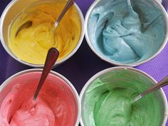 More Natural Food Coloring Options for the upcoming holidays.  Get the kids involved!