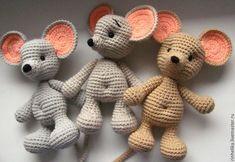 knitting for beginners what size needles Crochet Mouse, Crochet Bear, Crochet Patterns Amigurumi, Cute Crochet, Crochet For Kids, Amigurumi Doll, Crochet Dolls, Crochet Animal Patterns, Crochet Animals