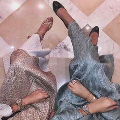 IG: Boutique.de.caftan    IG: fbaimarms    Modern Abaya Fashion    IG: Beautiifulinblack    tumblr: beautiifulinblack   