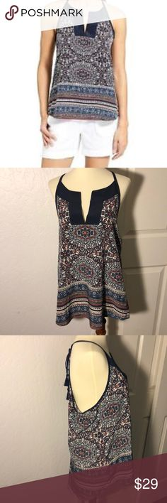 """Athleta Medallion Dunes Tank Top Size M Preloved! In good condition. Length measures 25 1/2"""". Flat bust measures 20"""". 🚫No Trades! Open to reasonable offers through the offer button. Bundle and Save! Athleta Tops Tank Tops"""