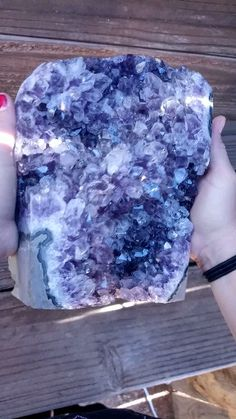 I'll take one, thanks Crystal Healing Stones, Stones And Crystals, Minerals And Gemstones, Rocks And Minerals, Geode Rocks, Crystal Aesthetic, Beautiful Rocks, Cool Rocks, Crystal Decor