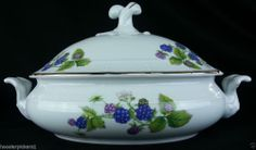 Thun Czech Fine Bohemian China Blackberry basketweave pattern covered dish