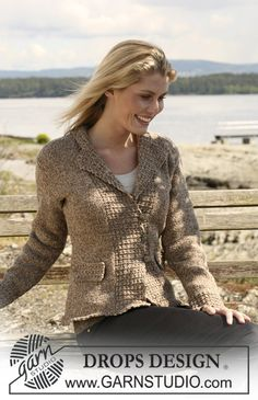 "DROPS Jacket in 2 threads ""Alpaca"" with textured pattern. Size S - XXXL. ~ DROPS Design"