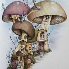 Before & after the snow started Linda Ravenscroft Fairy & Fantasy Art book 3 FC Polychromos #adultcoloring #adultcolouringbook #lindaravenscroft #colouring #colouringforadults #mushroomhouses