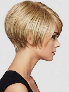 We've gathered our favorite ideas for 31 Chic Short Haircut Ideas 2018 And Pixie And Bob Hair, Explore our list of popular images of 31 Chic Short Haircut Ideas 2018 And Pixie And Bob Hair in 2018 short bob hairstyles for fine thin hair. Short Haircut Styles, Short Bob Haircuts, Girl Haircuts, Short Choppy Hair, Short Thin Hair, Short Hair Cuts, Short Bobs, Straight Hair, Short Hairstyles 2015