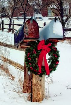 Mailboxes Christmas welcome