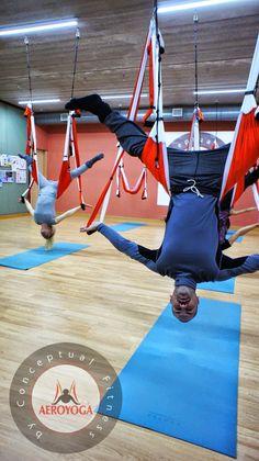 yogacreativo.com: Yoga Aéreo Barcelona: Primera Formación Profesores AeroYoga® AeroPIlates® en Cataluña