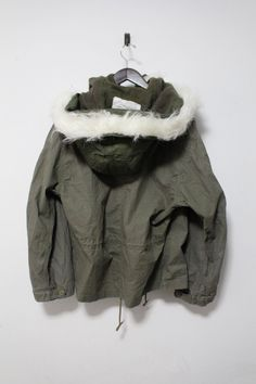 b2b2e58a210e7 Austrian Military Field Hooded Coat Jacket Vintage Olive Green Men's Size  Large | eBay