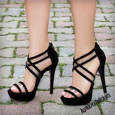 Melika Süet Siyah Şeffaf Bantlı Topuklu Ayakkabı