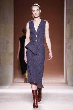 Victoria Beckham Ready To Wear Fall Winter 2015 New York - NOWFASHION