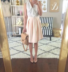 Daily Outfit: Blush pleated skirt and polka dot top