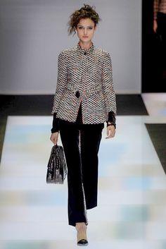 Fotos de Pasarela | Giorgio Armani, colección, otoño-invierno, 2016/2017, Milan Fashion Week Otoño-Invierno 2016/2017 Milan Fashion Week | 28 de 80 | Vogue