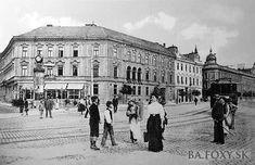 Ulice a námestia - Hodžovo námestie - Pohľady na Bratislavu Bratislava, Old Street, Beautiful Buildings, Louvre, Street View, Times, Black And White, City, Squares