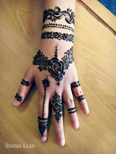 Ok so I found out the name of the tattoo so to say it's called henna