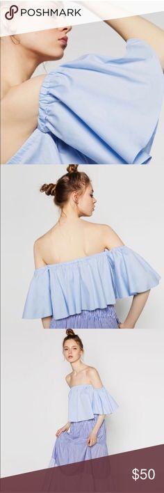 Zara off-the-the-shoulder top Lovely Zara off the shoulder top! Worn twice! Zara Tops Crop Tops