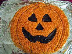 Historian havinaa :) Kurpitsa-kakku Halloween-juhliin