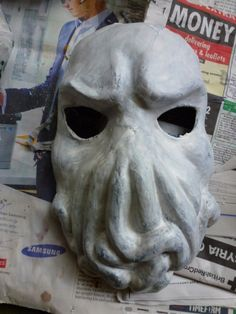 Oct 21st: First layer of plaster mix added to the Cthulhu mask - by QueenHare for the Design Every Day Project