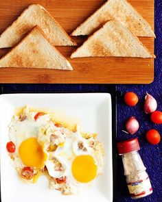 My sis and her #cravings at weird timings. Wanted to eat #Egg with #butter, #cherrytomatoes and #shallots. 🍳 Sprinkle some white pepper for a tinge of spiciness. ;) . . . . #yulhana #yulhana2016 #food #foodphotography #foodblogfeed #foodsg #foodporn #foodpic #foodgasm #foodstagram #foodie #foodstyling #homecooking #sgfoodies #sgfood #sgigfoodies #sgfoodporn #singaporefood #yulhanaeommarecipe #canon #canon500dphotography  #canon500d #50mmf18 #miraclelife #truehealthtruewealth