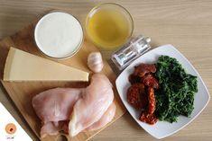 Poulet crémeux au parmesan, épinards et tomates séchées Palak Paneer, Entrees, Food And Drink, Pizza, Healthy Recipes, Dishes, Cooking, Ethnic Recipes, Nice