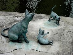 Cat statues in Singapore                                                                                                                                                                                 More