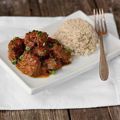Warm Spiced Beef Curry with Rice from Seasons and Supper Curry Recipes, Meat Recipes, Indian Food Recipes, Asian Recipes, Cooking Recipes, Healthy Recipes, Cooking Time, Curry Dishes, Beef Dishes