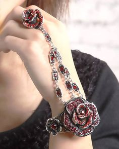 Beautiful Rings. This bracelet ring is wonderfully different.