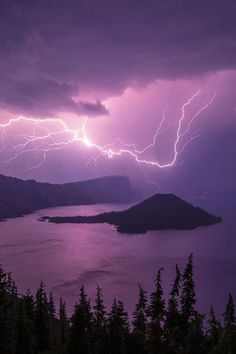 Crater Storm, by Chad Dutson -- Lightning storm over Crater Lake National Park, Oregon, USA Beautiful Sky, Beautiful World, Beautiful Places, Beautiful Pictures, All Nature, Amazing Nature, Science Nature, Crater Lake National Park, National Parks