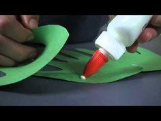 Video. How to make a hand print Christmas tree. A cute keepsake!