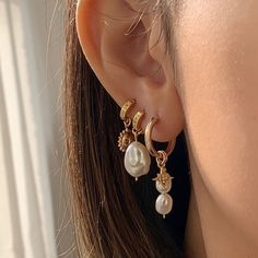 Ear Jewelry, Dainty Jewelry, Cute Jewelry, Jewelry Accessories, Gold Jewelry, Pretty Ear Piercings, Accesorios Casual, Bling, Fashion Jewelry