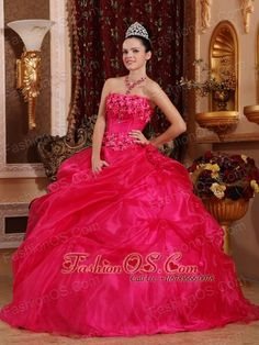 Cute Hot Pink Sweet 16 Dress Strapless Organza Appliques Ball Gown  http://www.fashionos.com    You will be the princess when you are in this hot pink strpless sweetheart neckline quinceaneara dress.The fully flowry decorated bodice adds the vigourous and the romantic of the young lady.The A-line skirt is full and shapely, the outer layer of the skirt is made from beautiful organza. It moves and sways when you walk, creating a wonderful silhouette.